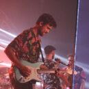 Gitarrist, im Hintergrund Marc Sway
